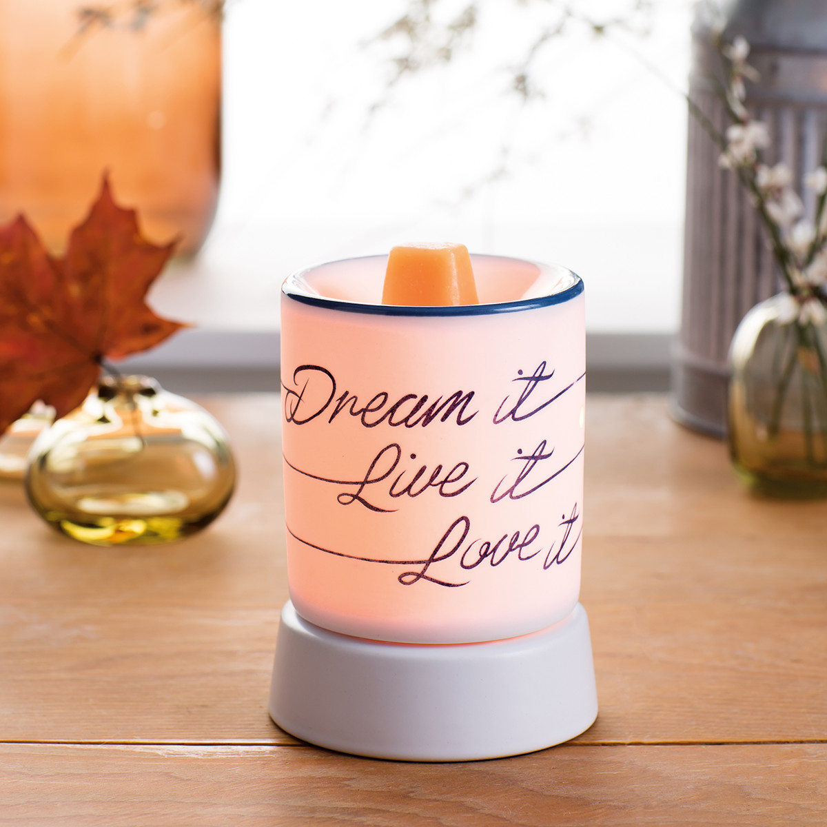 Dream It Live Love Scentsy Warmer